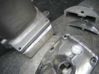 クランクケースなどの溶接加工